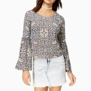 LOVE, FIRE | FLORAL BELL SLEEVE TOP